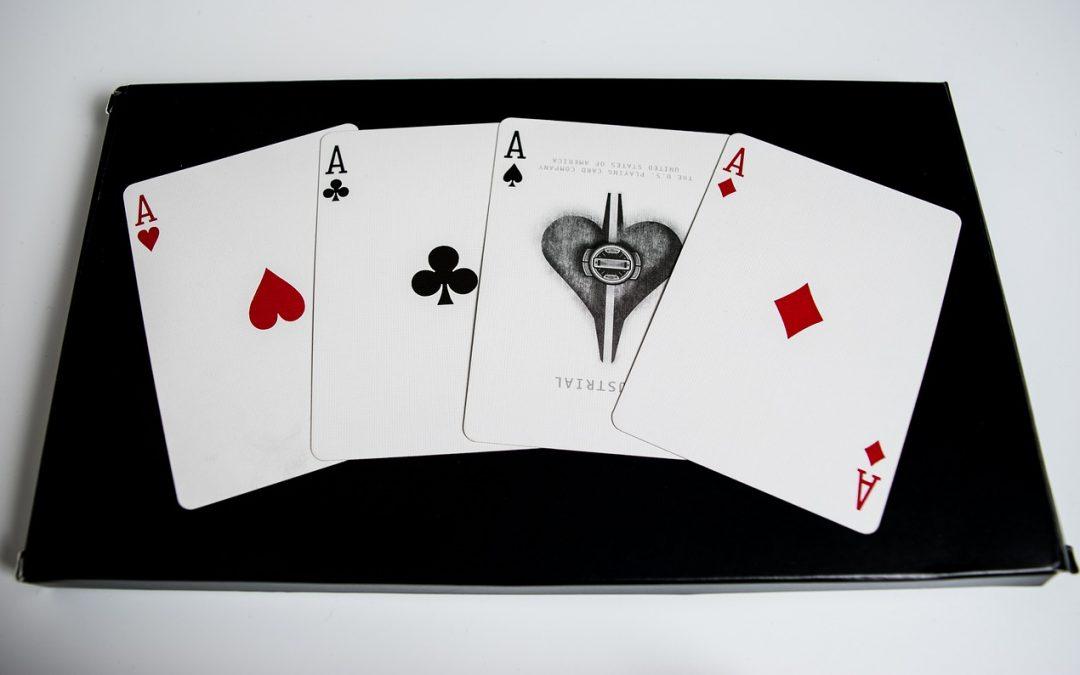 Online poker LAG vs TAG styles